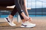 Top 10 giày chạy bộ nam nữ tốt nhất năm 2021